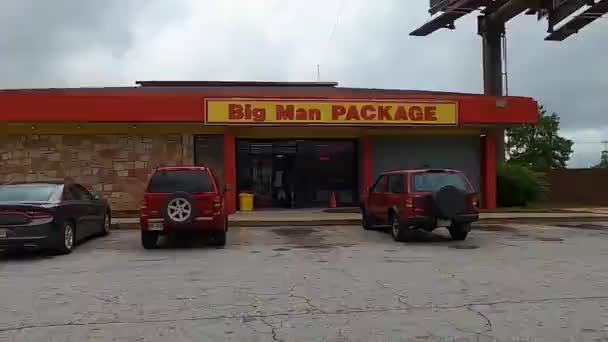 Decatur Ga Urban landscape Big Man Package store