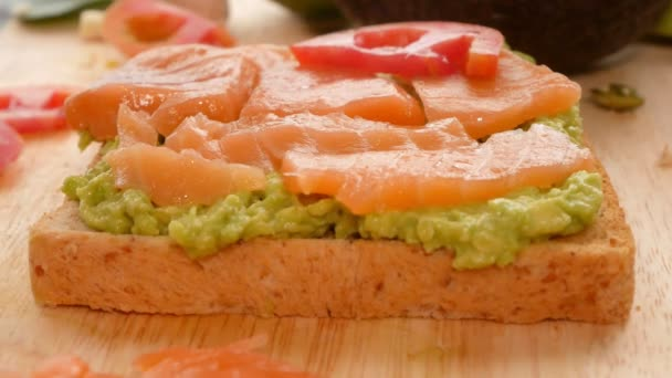 avokádo. koncept zdravého stravování a zdravého životního stylu. vaření avokádový sendviče.