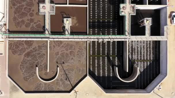 Kläranlage, Top-down-Antenne.
