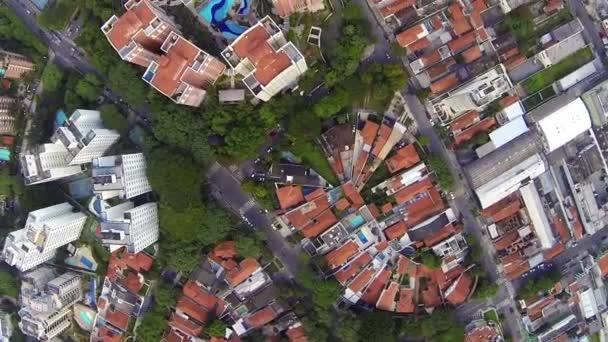 Létání nad výškové bytové domy