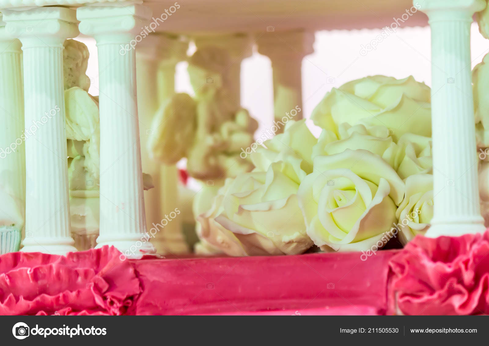 Sweet Beauty Flower Topping Pastel Color Homemade Wedding Cake ...