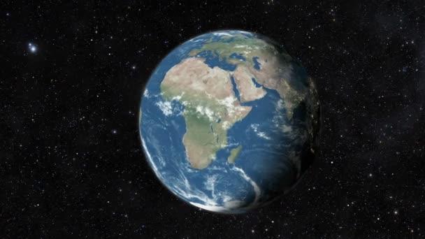 Föld bolygó a világűrből. Reális világ világon spinning lassan animáció. Kamera mint az Indiai-óceán, Afrika, Közép-Amerika.