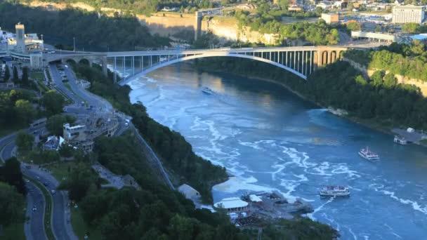 timelapse rainbow bridge niagara falls canada ストックビデオ