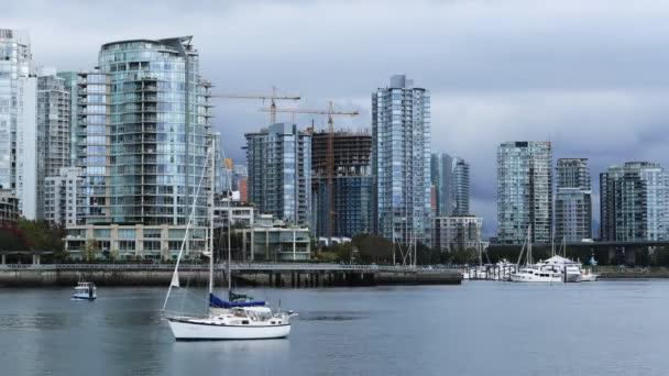 Timelapse mrakodrapy a lodě v Vancouver, Kanada 4k