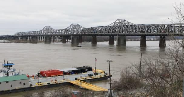 Most přes řeku Mississippi v Memphis, Tennessee 4k