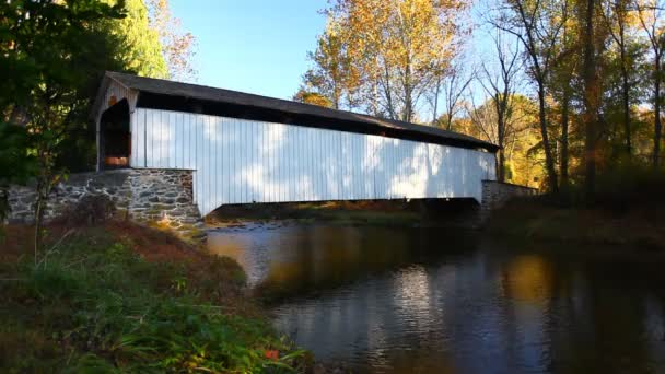 Pohled na krytý most Rudolph  Arthur v Pensylvánii, Spojené státy