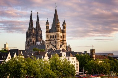 Gothic building and cloudy sunset sky, Cologne
