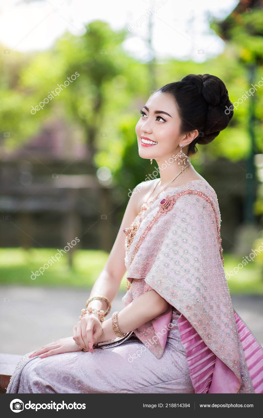hottest thai girls