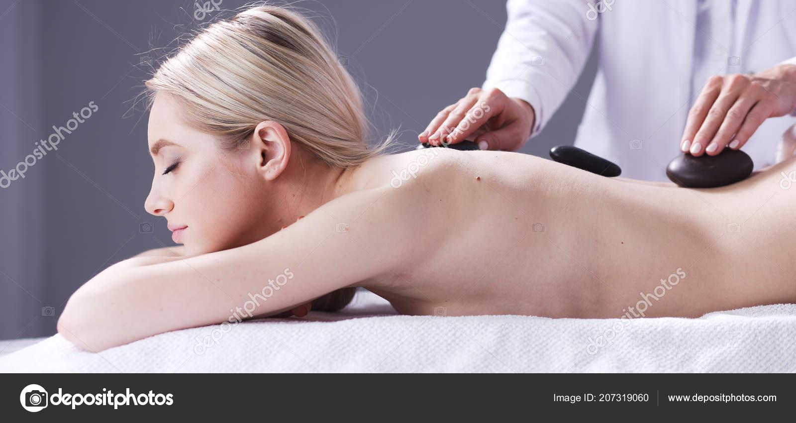 Секс принудительный на массаже, Порно видео с массажем, делает массаж парню 19 фотография
