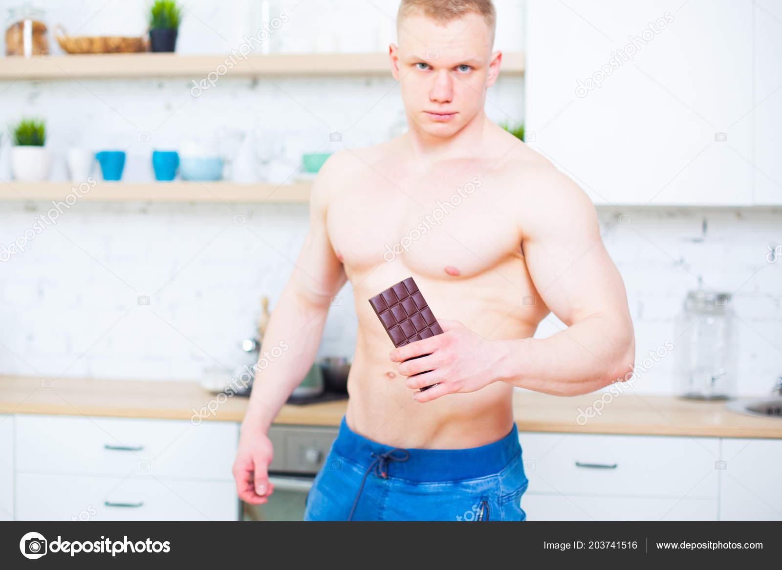 Čokoládové modely nahé