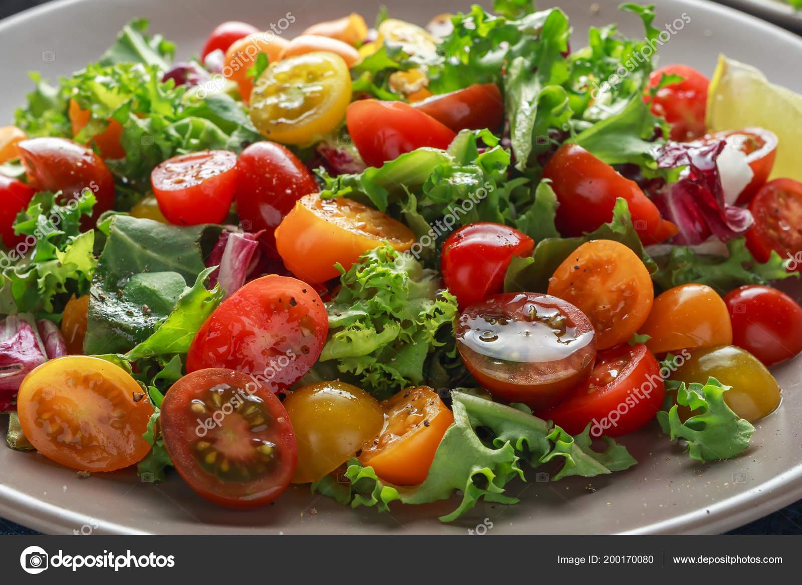 Салат с лаймом и помидорами