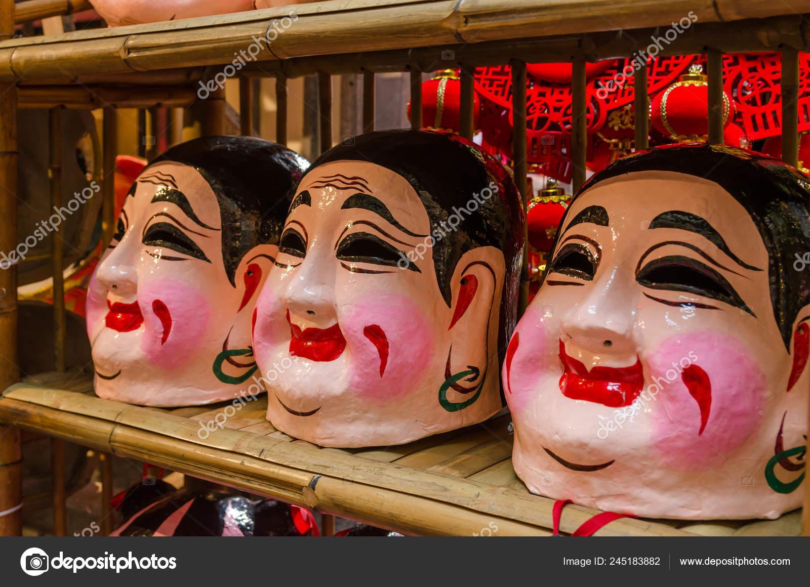 a61baf6c1 Buddha Mask Lion Dance – Stock Editorial Photo © gracethang #245183882
