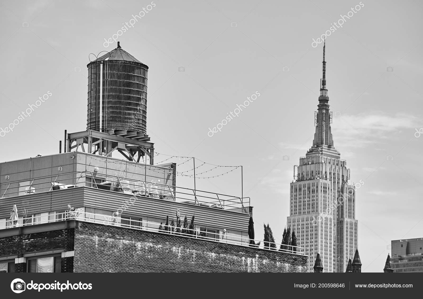 Black White Picture Water Tank One New York City Symbols