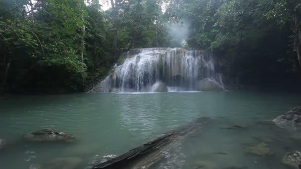 waterfall west of Thailand (Erawan waterfakk)