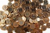 Hromada mincí zblízka záběr.