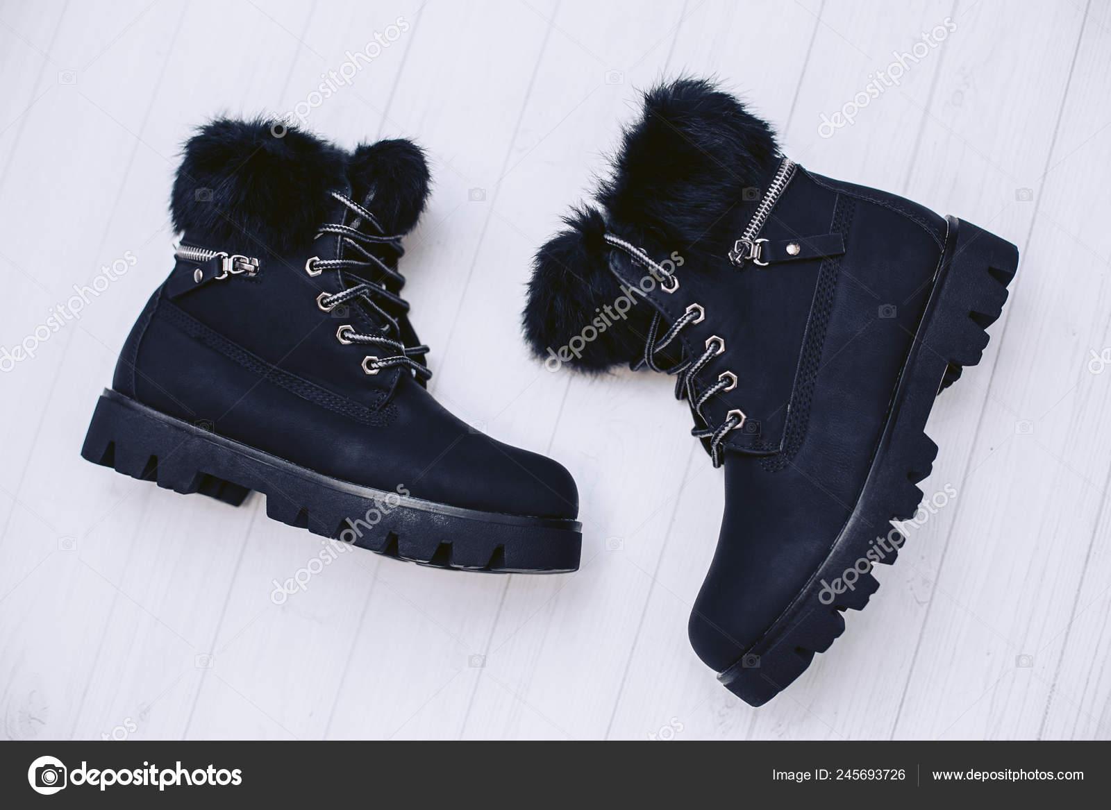 Pair Stylish Women Winter Boots Made