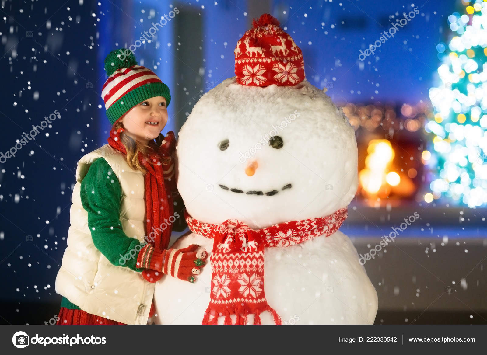 Kids Build Snowman Christmas Eve Child Presents Gifts Snowy
