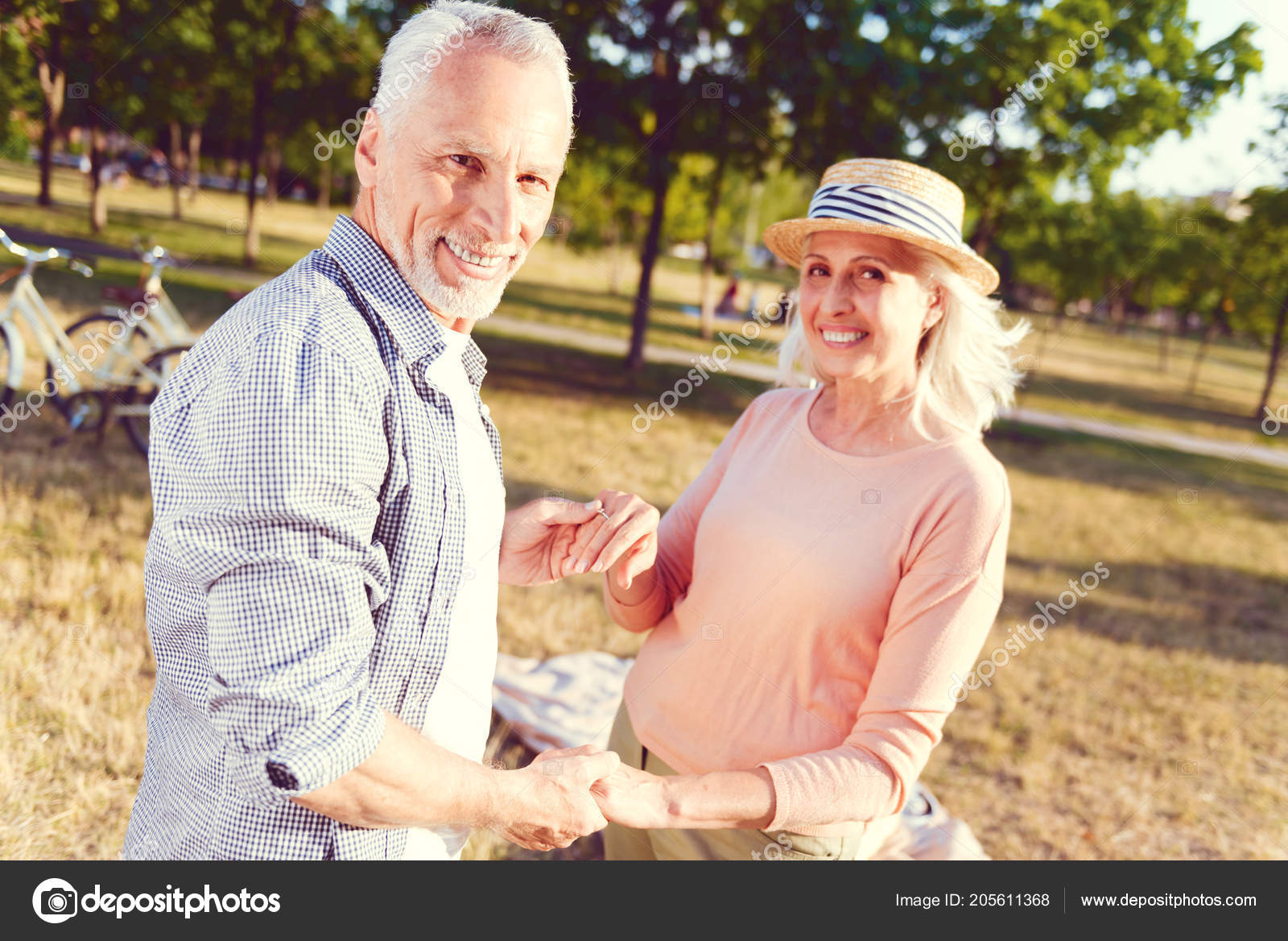 Looking For A Mature Dating Online Site