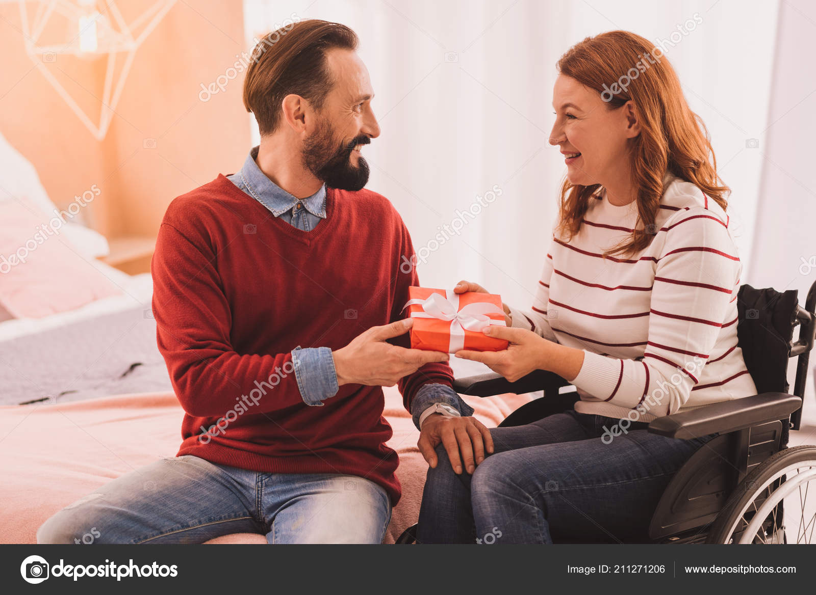 How to originally congratulate her husband on his birthday to express his love 60