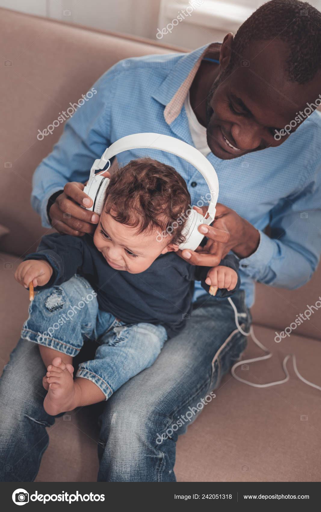 Музыка плачь ребенка