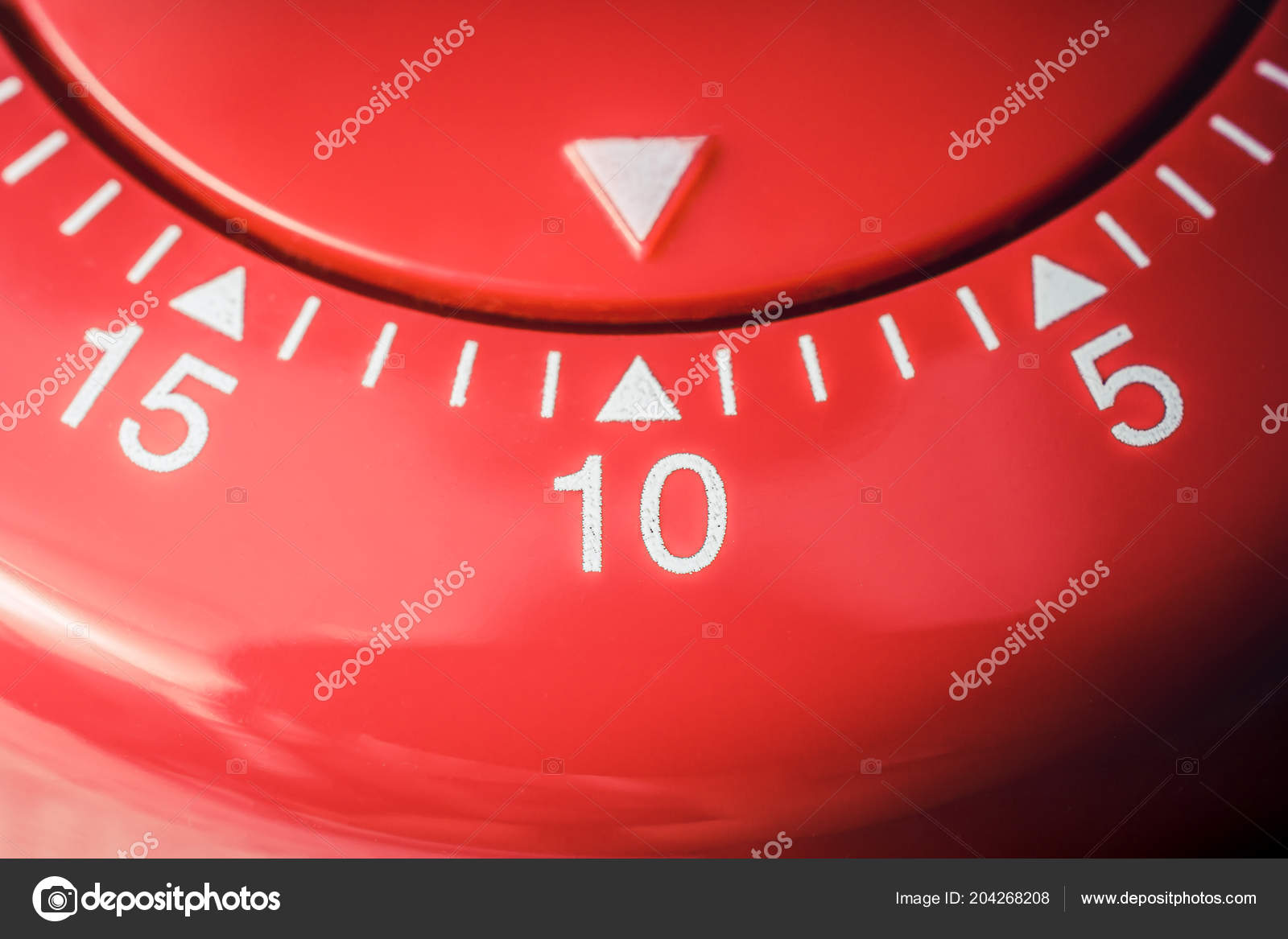 10 Minutes - Macro Of A Flat Red Kitchen Egg Timer — Stock