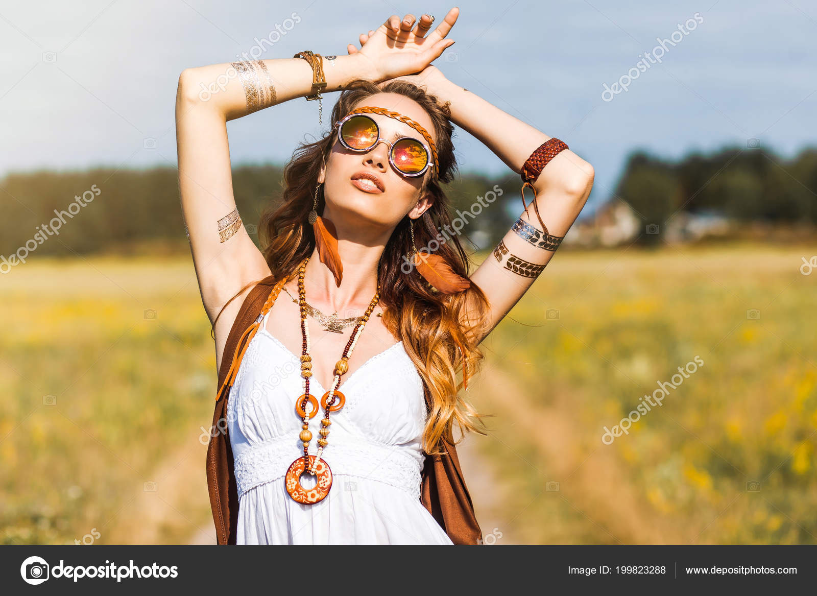 ᐈ Hippies girls stock photography, Royalty Free hippie girl photos | download on Depositphotos®