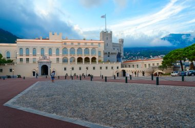 MONACO-VILLE, MONACO - SEPTEMBER 15, 2018: Unidentified tourists are on square in front of Princely Palace of Monaco