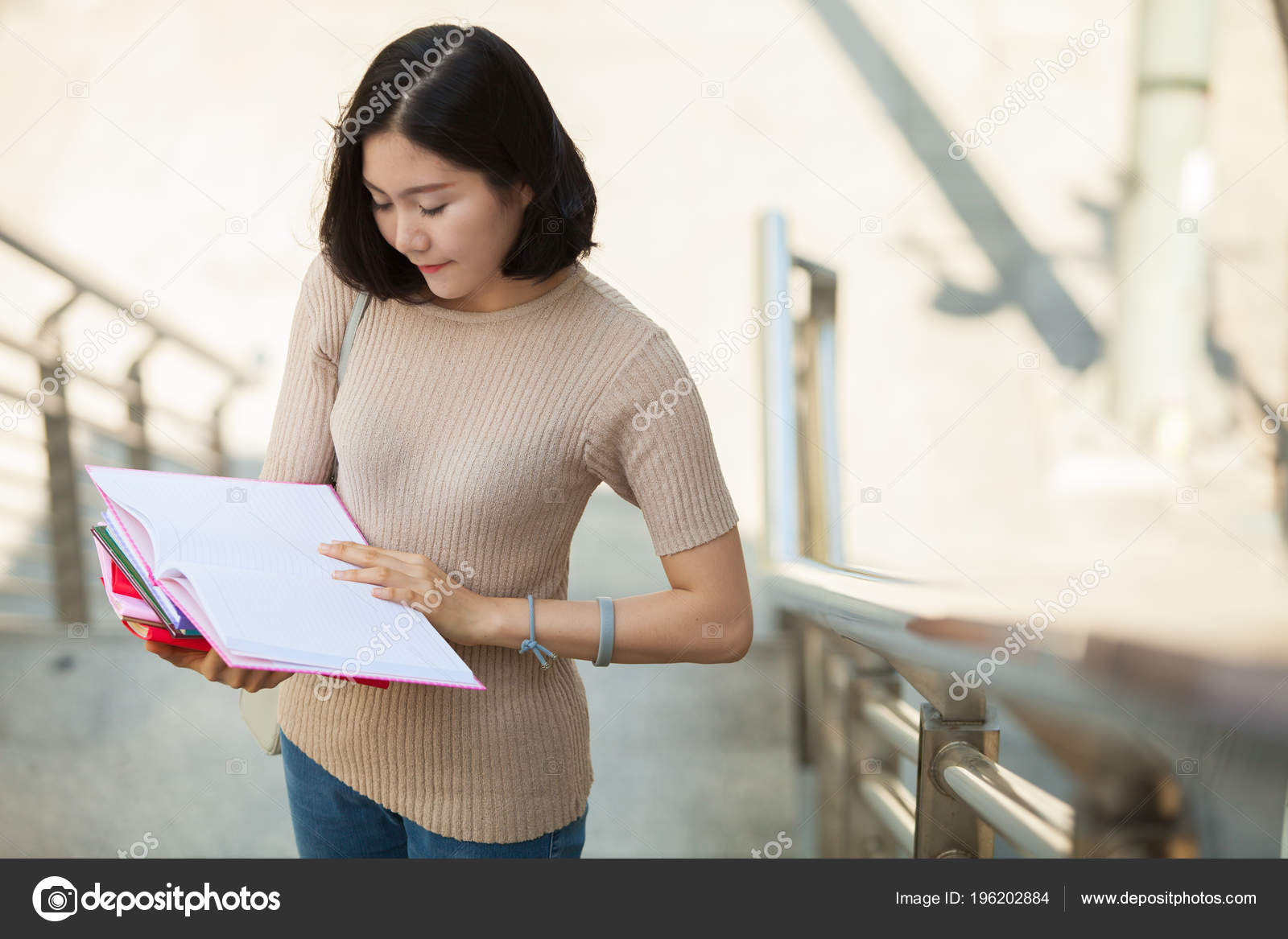 программа которая ищет людей по фото