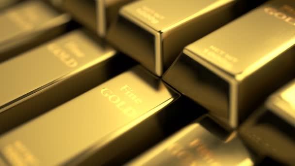 Podrobný pohled na jemné zlaté pruhy naskládané do schodů