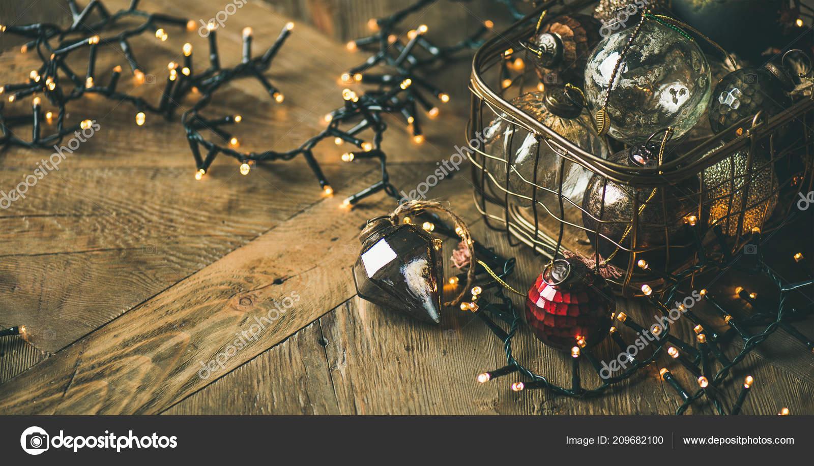 Box Christbaumkugeln.Weihnachten Oder Neujahr Hintergrund Spielzeug Dekoration Glas