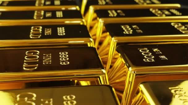 Zlaté pruty uspořádány v řadě v close up