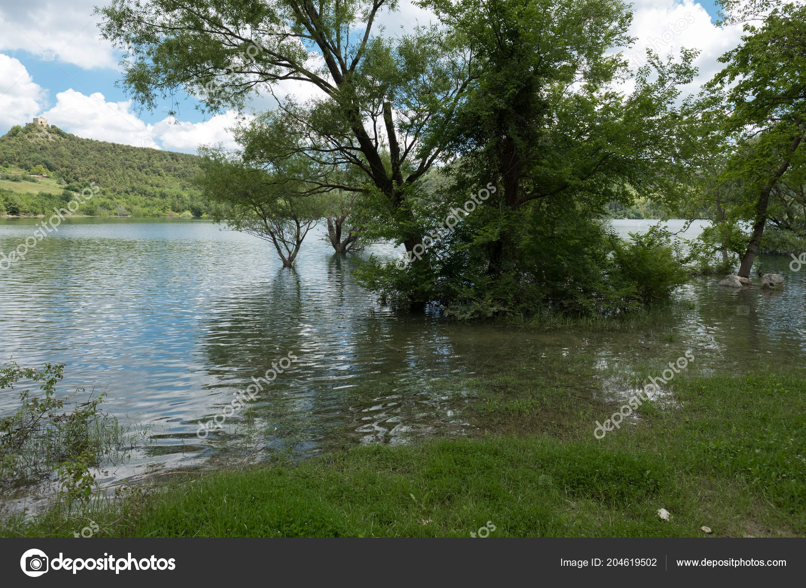 Fantastic Lake Lago Casoli Abruzzo Italy — Stock Photo © sgar1980 ...