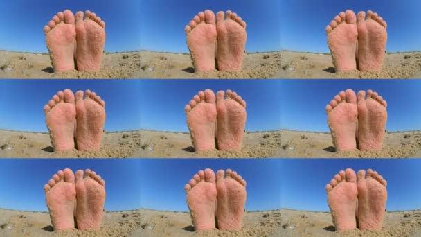 Láb lábak szétszórva porcukros homok csiszolva a homokos strand ckose-fel.