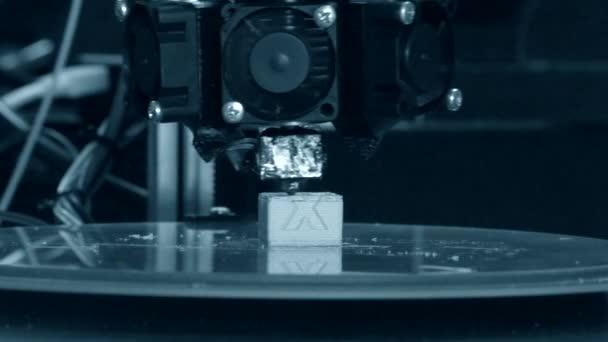 3D-Drucker funktioniert. fusionierte Abscheidungsmodellierung,