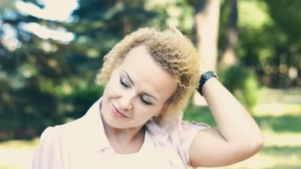 Portré csinos női HD Stock Footage