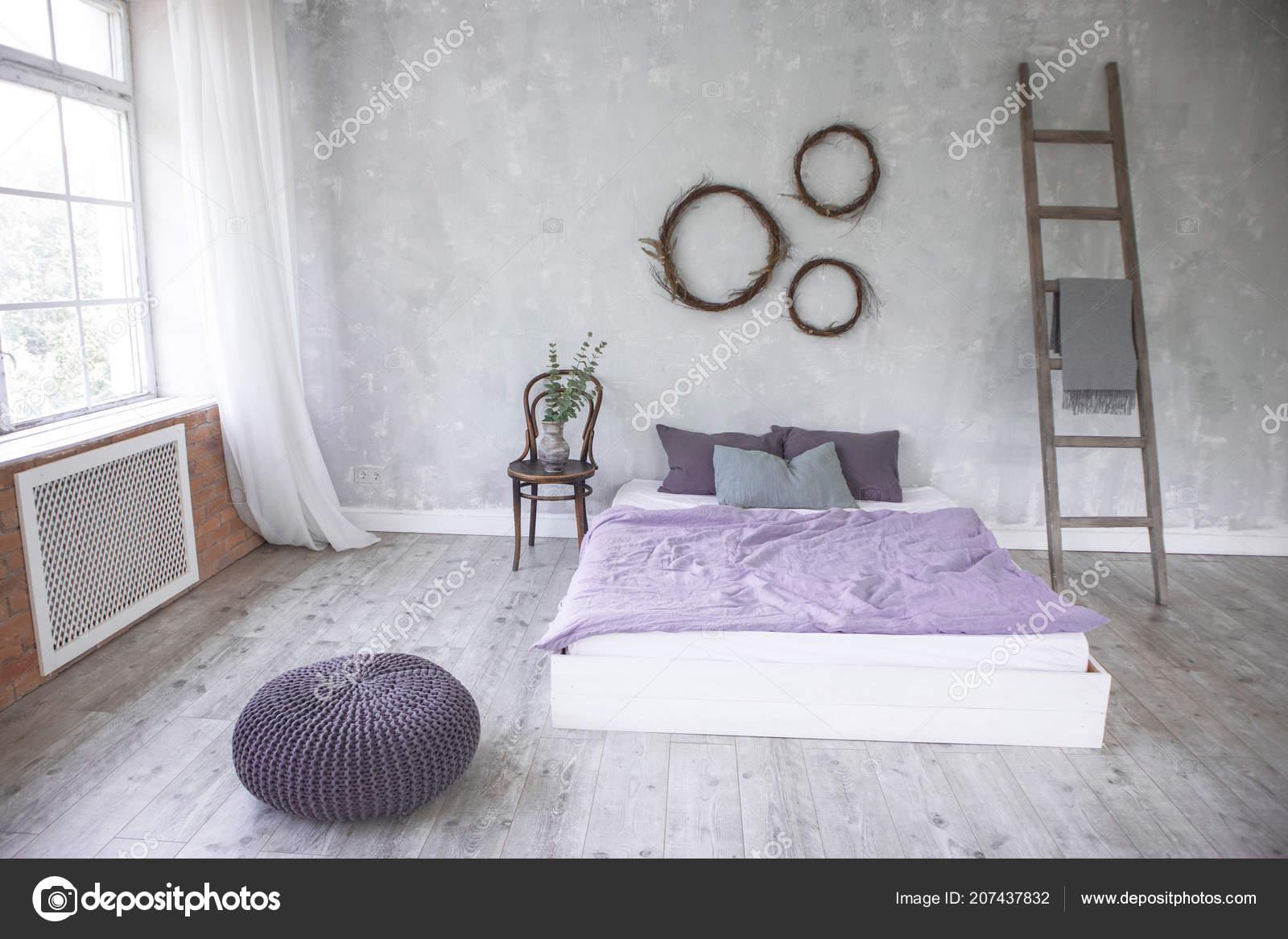 Design Camere Da Letto Moderne : Interiore di luce loft stile camera da letto design realizzato