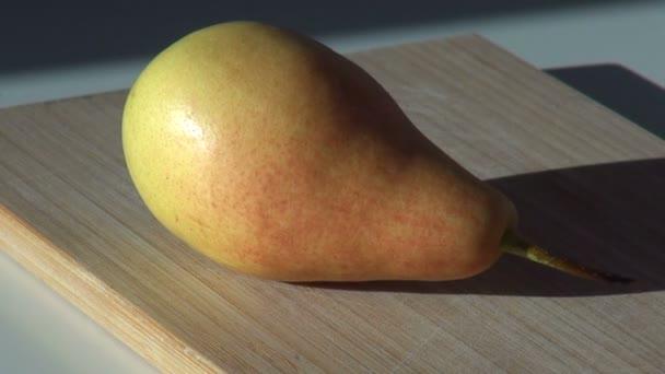 hrušky šťavnaté ovoce. podzimní sklizeň