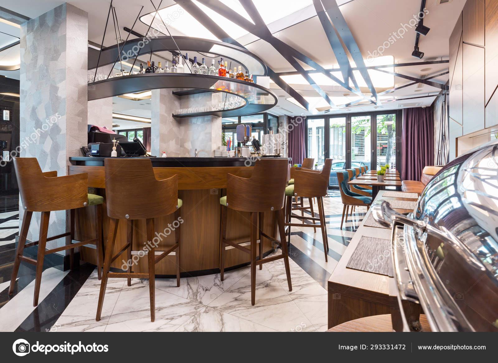 Interior Of A Modern Hotel Lounge Cafe Bar Restaurant Stock Photo C Rilueda 293331472