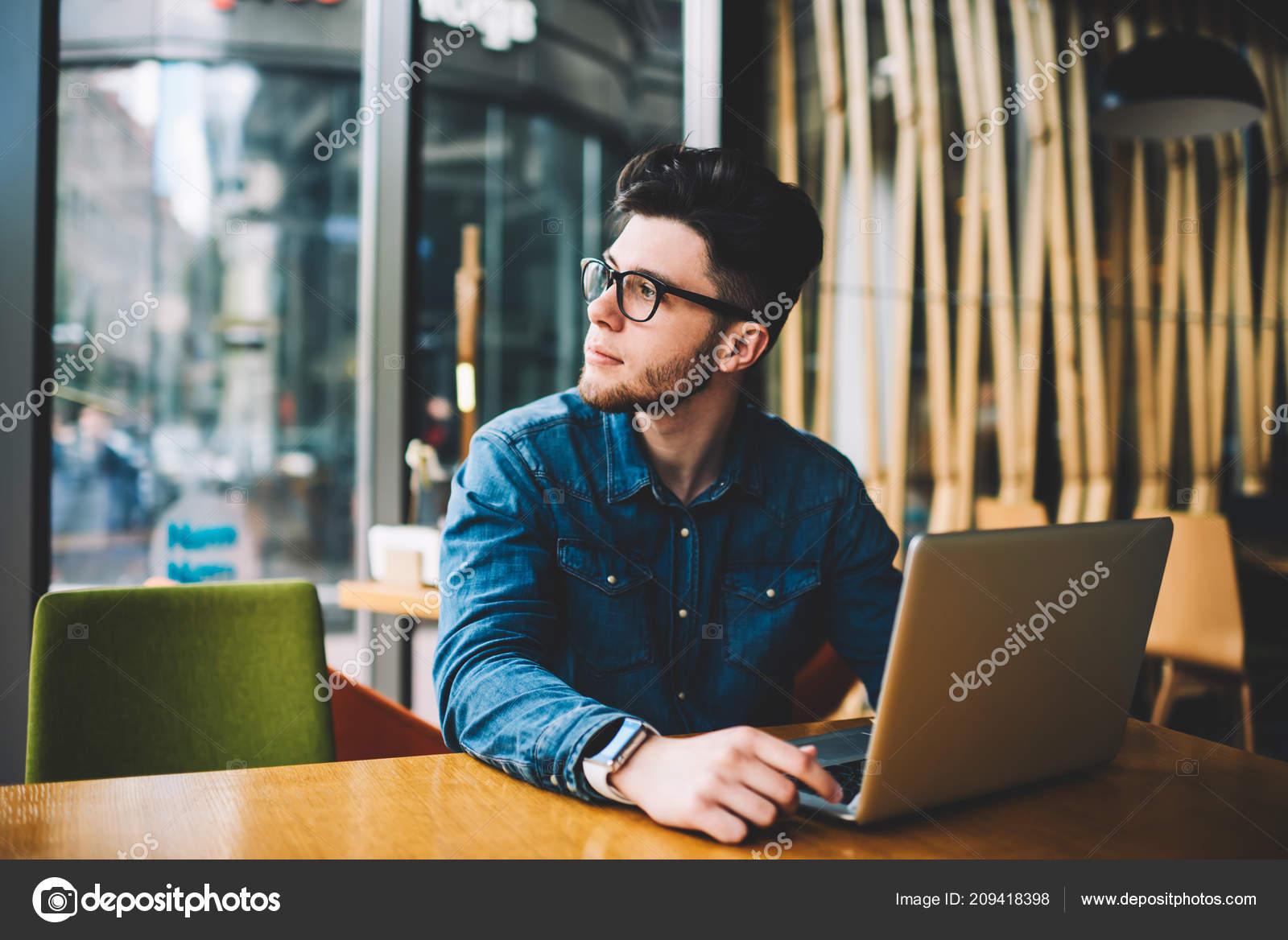 online datování aplikace čmuchat