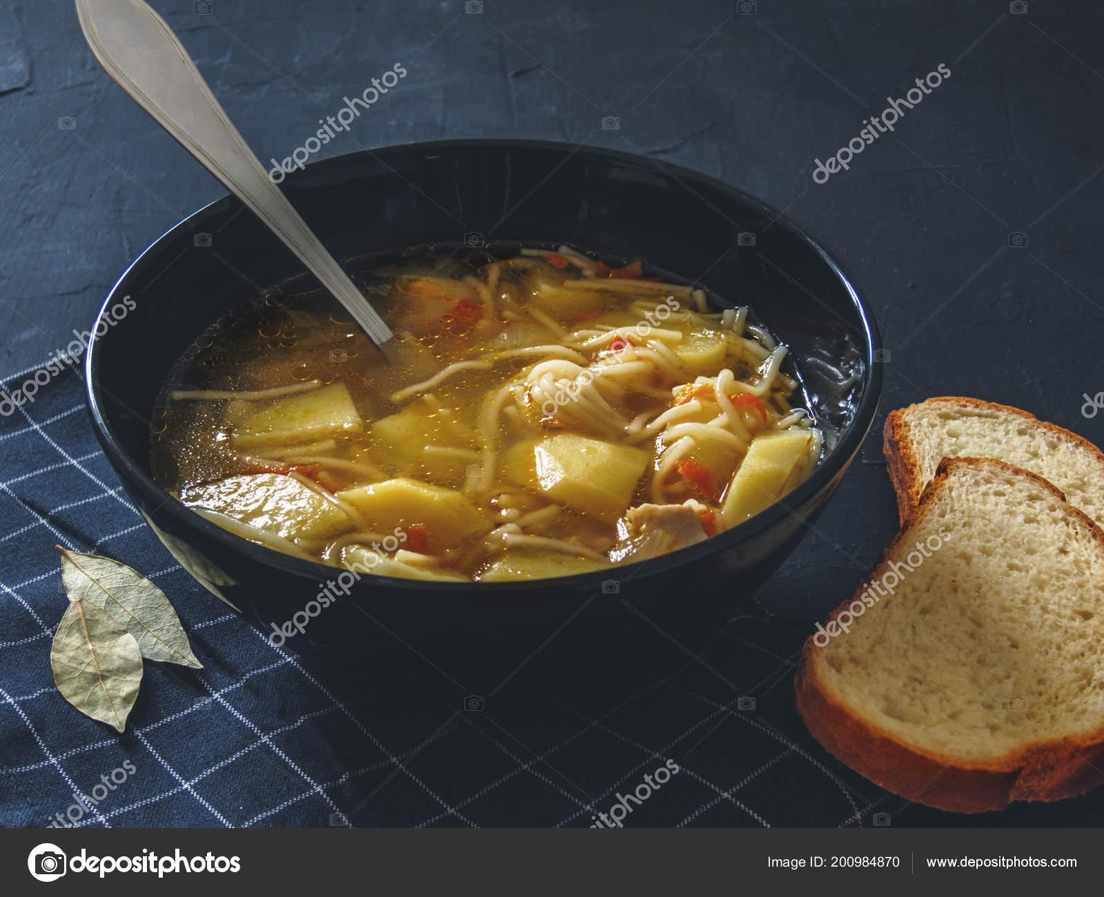 Куриный бульон картофель лапша