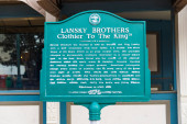 Memphis, TN / USA: Lansky Brothers, Clothier to the King Historisches Zeichen in Memphis, TN