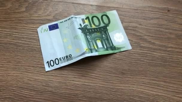 approximation increasing banknote of one hundred euros