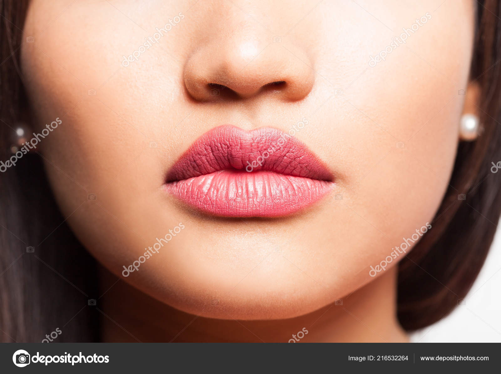 Раздвигают половые губы крупным планом фото, Женские половые губы - фото голых девушек 18 фотография