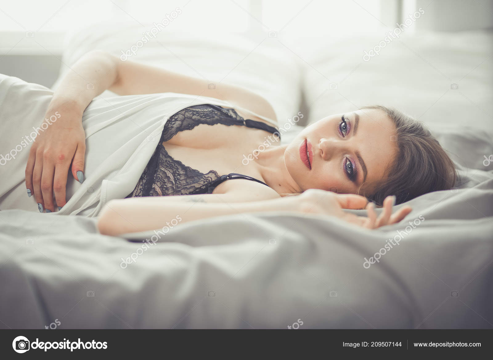Sexy in bed pictures