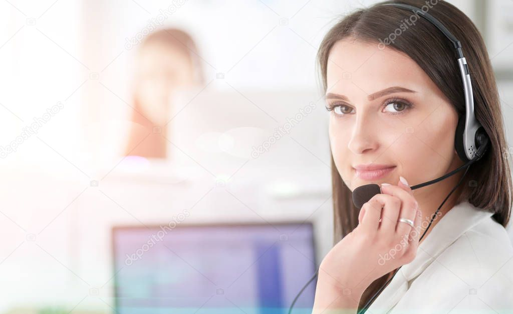 How to become a successful phone sex operator by working for yourself