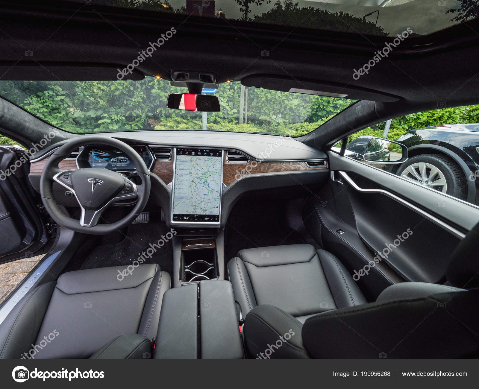 Urmond Nederland Mei 2018 Leer Luxe Interieur Van Elektrische Auto ...