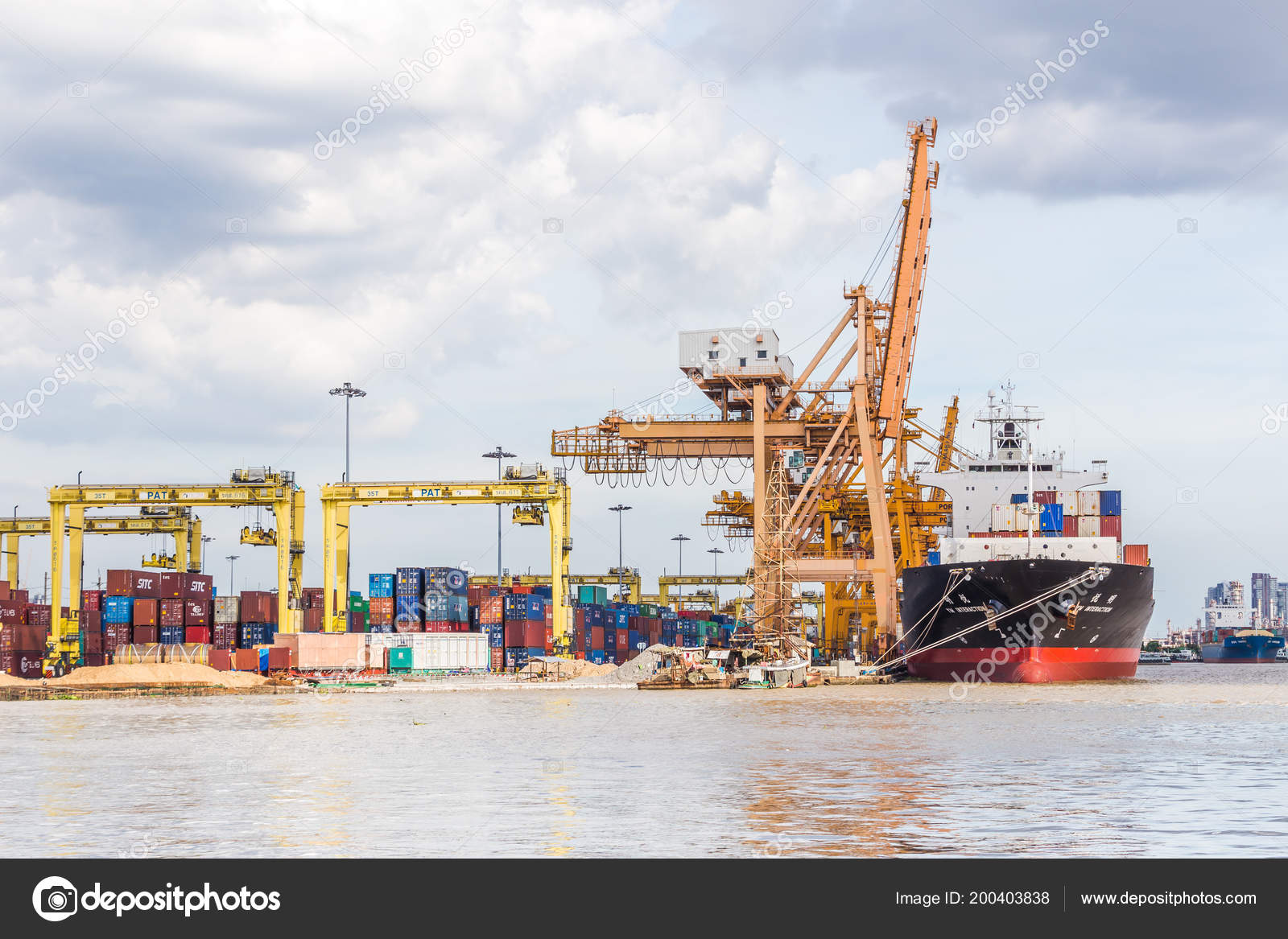 Bangkok Thailand September 2017 Industrial Business Loading