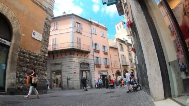 orvieto.italiy 18. Juli 2020: Zeitraffer-Kurs im Zentrum von Orvieto