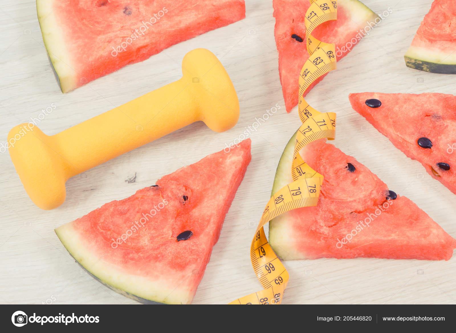 Teil Der Saftige Wassermelone Hanteln Fur Fitness Und Massband