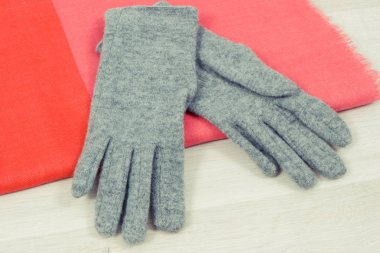 Gloves and shawl for woman on board, clothing for using in autumn or winter
